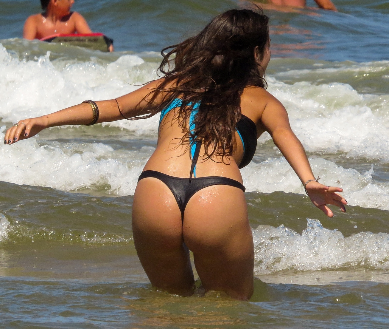 Bubble Booties Teens in Thong
